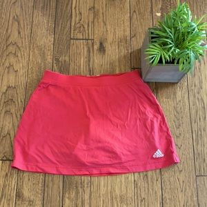 Adidas Clima365 red skorts small